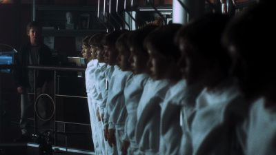 Still from A.I. Artificial Intelligence (2001) that has been tagged with: group-shot
