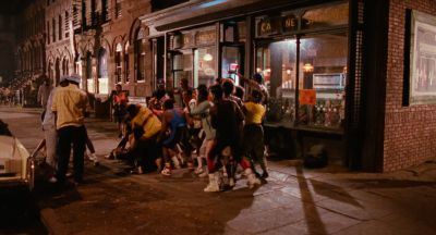 Still from Do the Right Thing (1989) that has been tagged with: fight