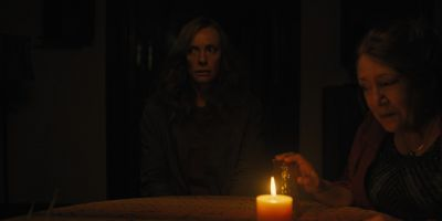 Still from Hereditary (2018) that has been tagged with: candlelight