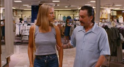 Still from Jackie Brown (1997) that has been tagged with: store