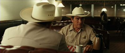 Still from No Country For Old Men (2007) that has been tagged with: diner