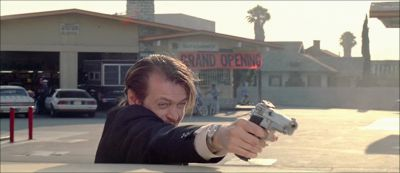 Still from Reservoir Dogs (1992) that has been tagged with: shooting
