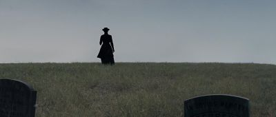 Still from True Grit (2007) that has been tagged with: horizon